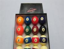 美式黑八16彩�_�程��a球美式�_球桌57.2黑八九球桌�_球子